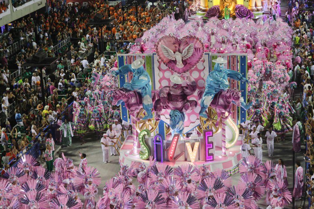 apuração dos desfiles das escolas de samba carnaval Rio 2017